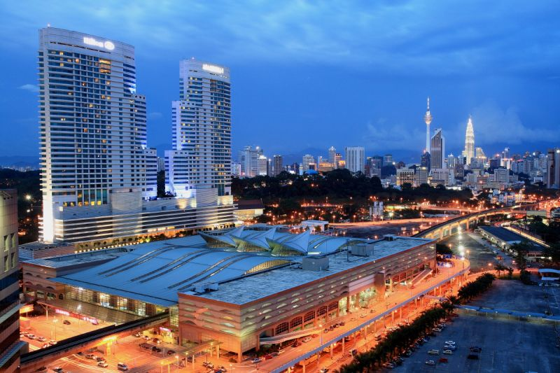 Why dental maintenance in Kuala Lumpur is a great for Westerners