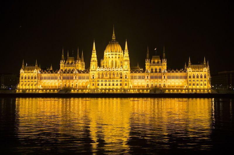 Seeking Affordable Dental Implants? Consider a Dentist in Budapest