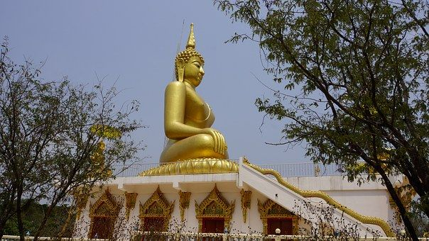 Worried About the Expense of Dental Implants? Spend Less in Thailand
