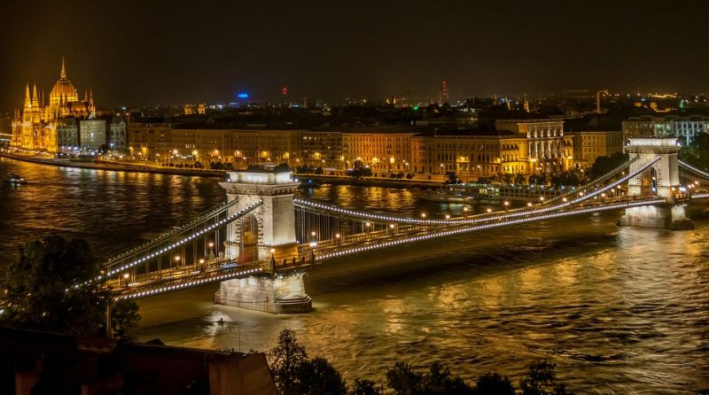 Which Are the 3 Top Dentists in Budapest for Dental Implants?