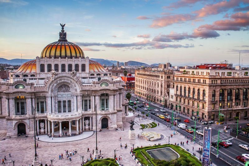 Top Clinics for Inexpensive Dental Implants in Mexico City