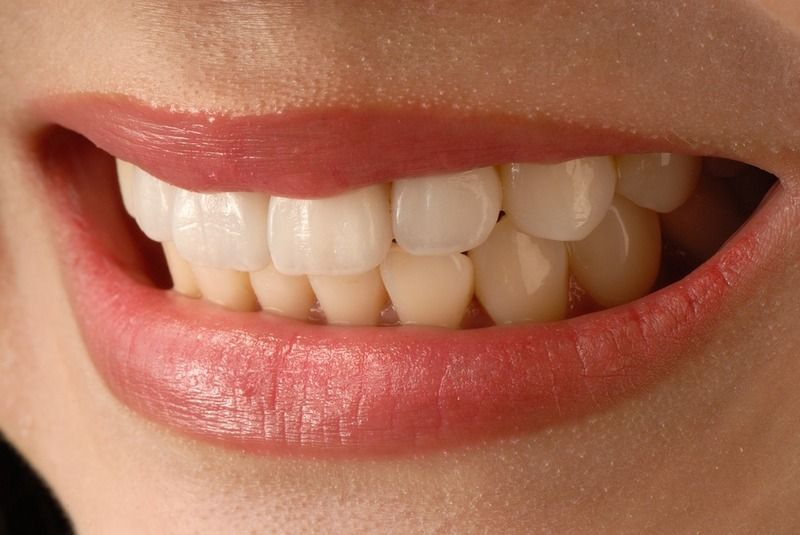 How Can Chipped, Cracked or Broken Teeth Be Fixed?