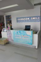 Bangkok Smile Malo Dental (Ploenchit) -  reception desk