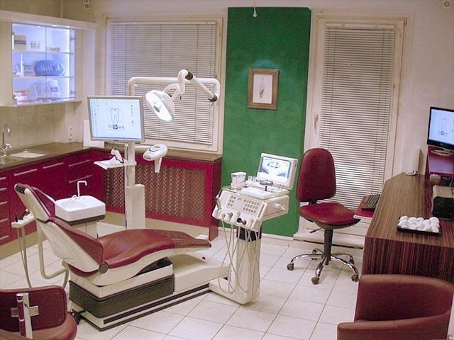 TriDent Budapest Cosmetic & Family Dentistry - Dental Clinics in Hungary