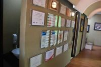 SmileMakeOver Dental & Aesthetic Center Hallway photo #1