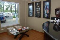 SmileMakeOver Dental & Aesthetic Center Receiving and Waiting Area photo #1