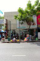 Bangkok Smile Malo Dental (Ploenchit) -  street view