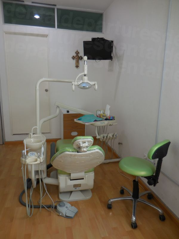Alejandra Rendon - Dental Clinics in Mexico