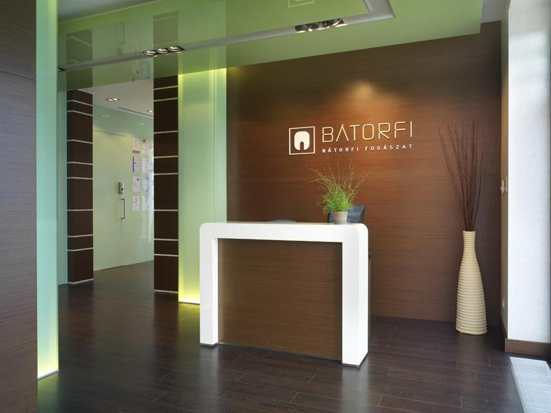 Batorfi Dental Implant