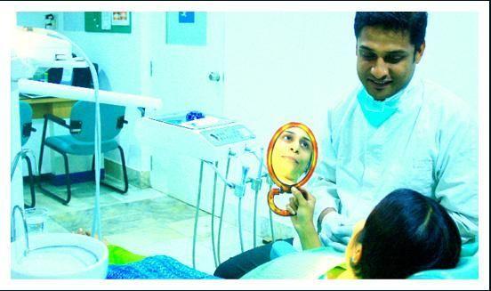 Dr.Roshan Khan - SmileZone