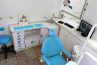 Castle Dental - treatment room #1