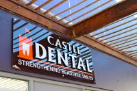 Castle Dental - logo