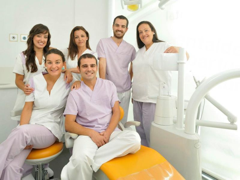 Velez and Lozano Dental Office - Dental Clinics in Spain