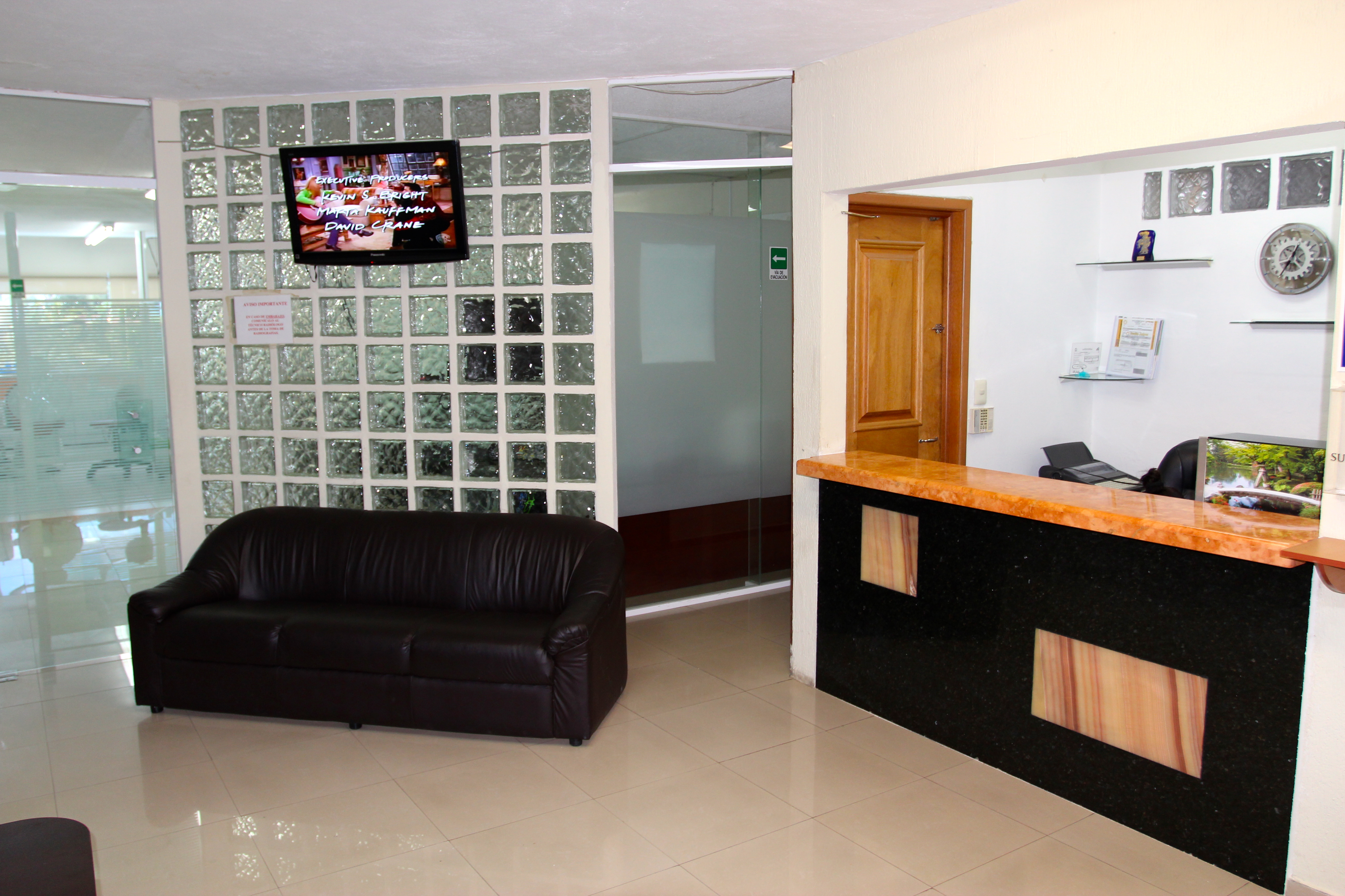 Cancun Smile Clinic in Cancun - Best Price Guaranteed