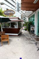 Bangkok International Dental Center - Bangkok, Thailand - outdoor seating