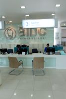 Bangkok International Dental Center - Bangkok, Thailand - reception desk