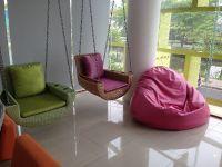 Dental World Clinic - Chiangmai, Thailand - Waiting Area #3