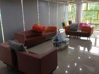Dental World Clinic - Chiangmai, Thailand - Waiting Area #2