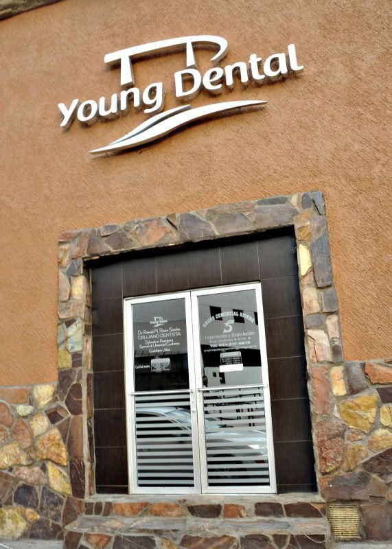 Young Dental Nogales