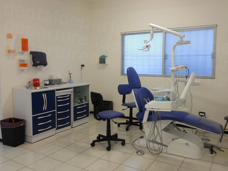 Clinica Dental Garza de la Garza - Dental Clinics in Mexico