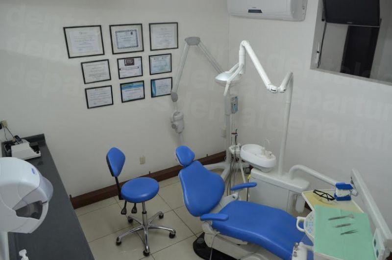 Dental  Britt - Dental Clinics in Costa Rica