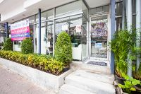 Sea Smile Dental Clinic - Phuket - In Front of Clinic clean in look good location