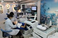Australian Dental Clinic - Getting Treatment
