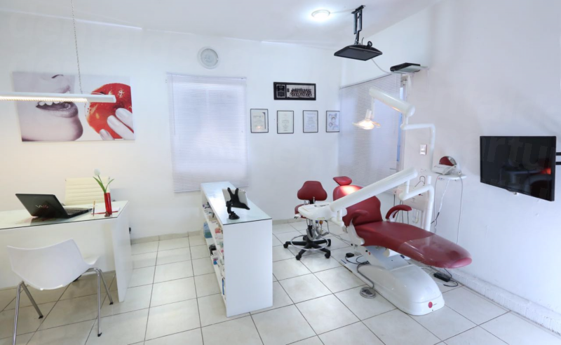 Dr. Jorge I. Cuauhtli Lojero - Dental Clinics in Mexico
