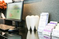 Bangkok Smile Dental Clinic & Spa: Bangkok, Thailand - free wifi
