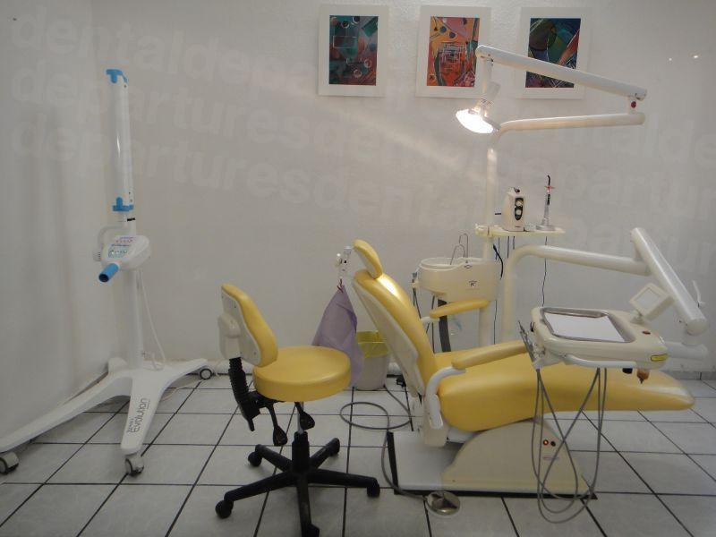 Dental 24/7 Urgencias - Dental Clinics in Mexico