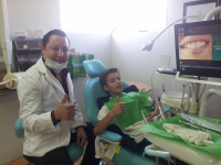 Clinica de Ortodoncia & Estetica Dental, happy patient