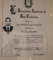 Castle Dental - Professional DDS Certificate - Dr. José O. Zuñiga Castañeda
