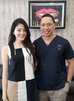 Klinik Pergigian Dr. Matthew Hong - Dr. Hong and Patient