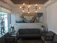 Simply Dental, waiting area