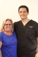 CONFIDENTAL COSTA RICA, Dr. Garita and patient