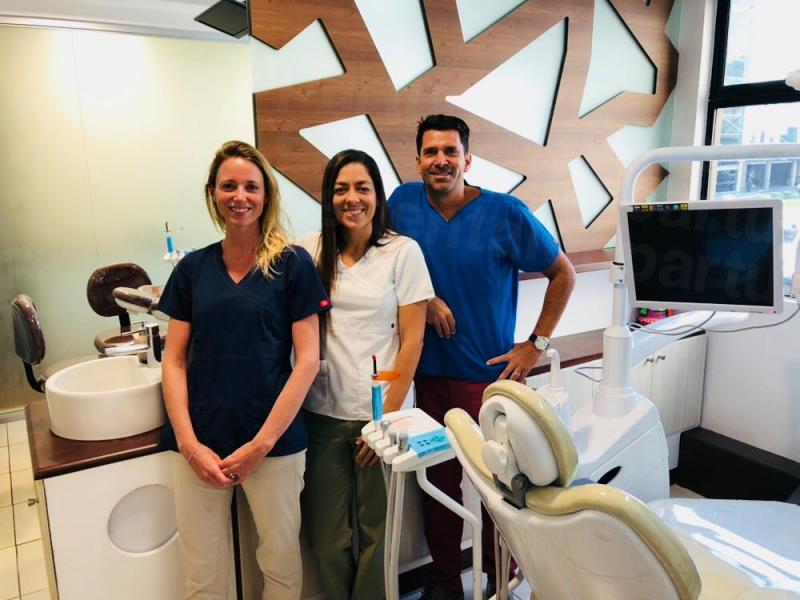 Casafont Ferreira Specialist Dentistry