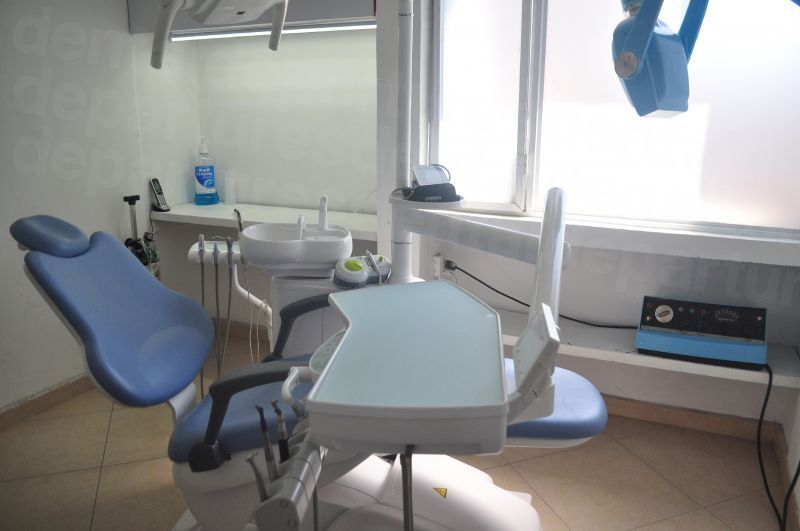 Dentiplace by Cosmetic Health dental Studio