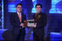 The Dental Design Center - Dr.Ken received award