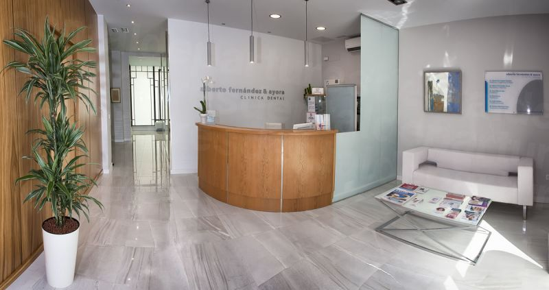 Clinica Dental Alberto Fernandez & Ayora - Dental Clinics in Spain