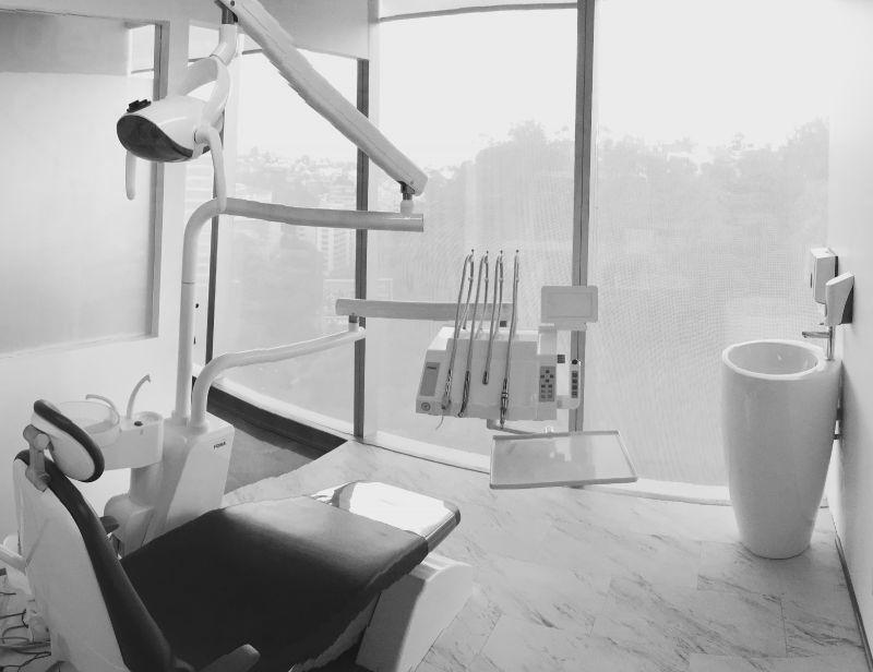 Torres Torija I Signature Dentistry