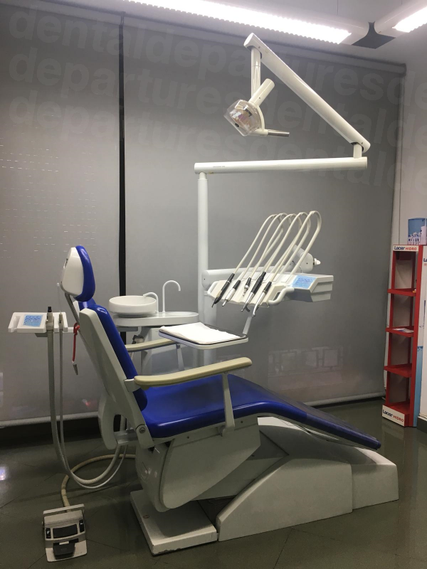 Muñoz Dental Clinic - Dental Clinics in Spain