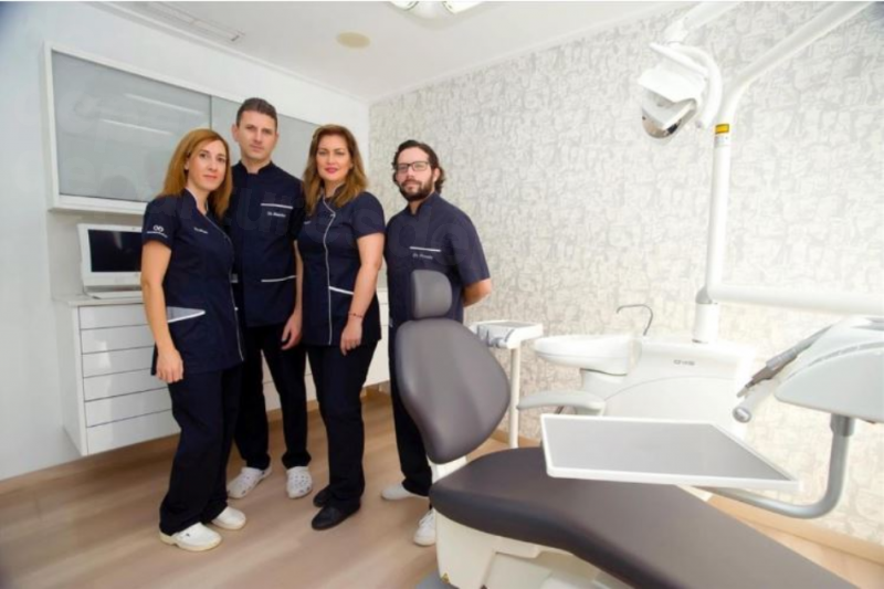 Cliniksalud Odontologos M&S - Dental Clinics in Spain