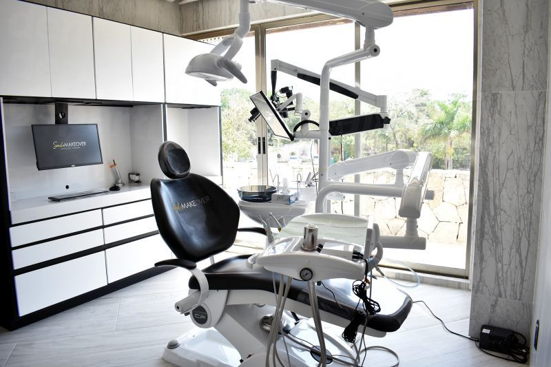 Smile Makeover - Dental Clinics in Mexico