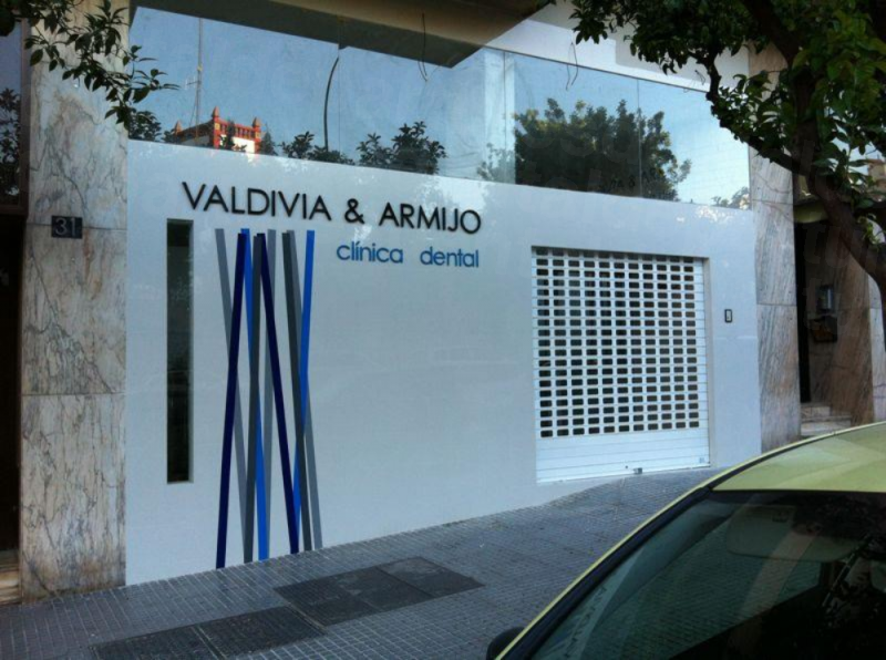 Valdivia & Armijo Dental Clinic - Dental Clinics in Spain