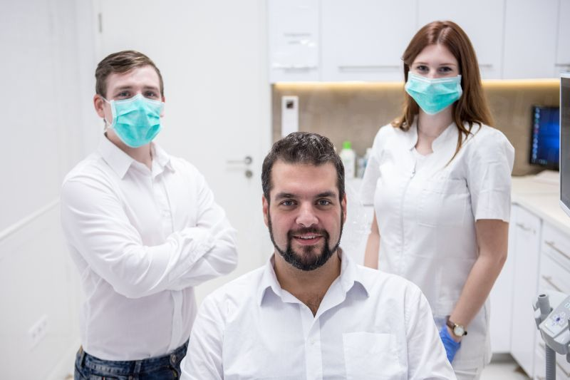 SMILEFACTORY - Dental Clinics in Hungary