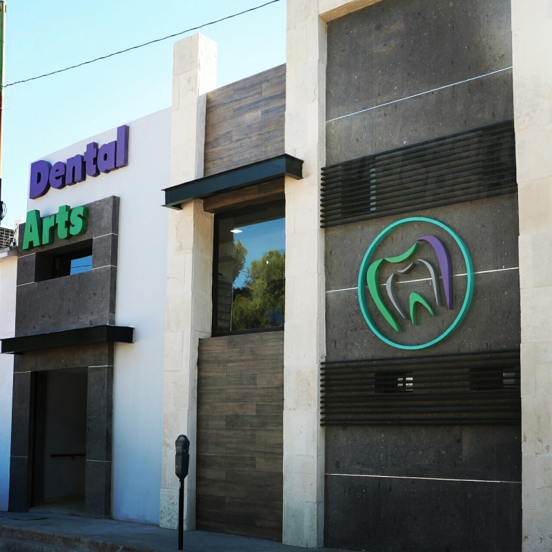 Dental Arts by Dr. Cantu Davis - Dental Clinics in Mexico