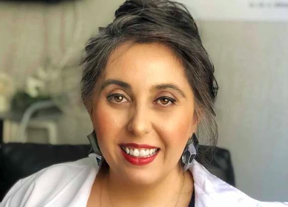 Dentist Esra Bihter Gurler - Dental Clinics in Turkey