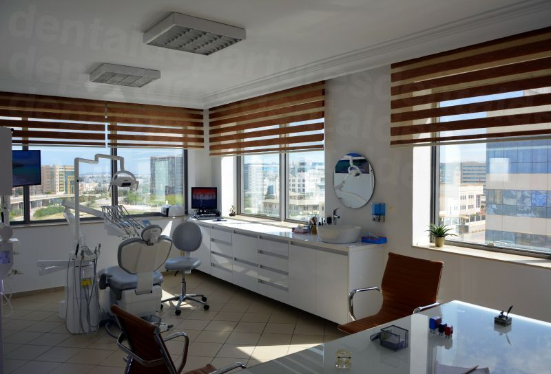 Cabinet Dentaire Dr. Ahmed Besrour - Dental Clinics in Tunisia