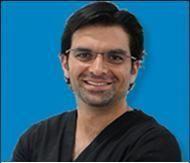 Dr. Roberto Hernandez