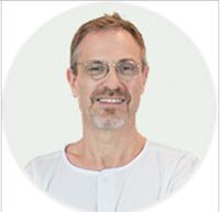 Dr MARC SCHIFMANN